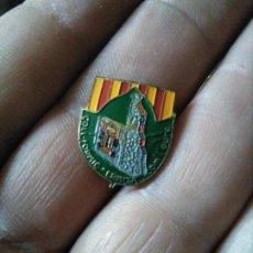 Pins de colección: RARA INSIGNIA TURISTICA CATALUÑA COLL FORMIC ERMITA COM L'EURA. Lote 219199567