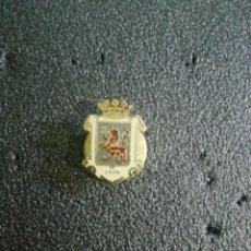 Pin's de collection: PIN HERÁLDICO LEON. Lote 220795953