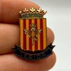 Pins de colección: PINS O EMBLEMA LÉRIDA ESCUDO DE ESMALTADO.. Lote 221644407