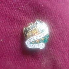 Pins de colección: FALLAS DE VALENCIA. INSIGNIA ANTIGUA. JUNTA CENTRAL FALLERA. Lote 221729828