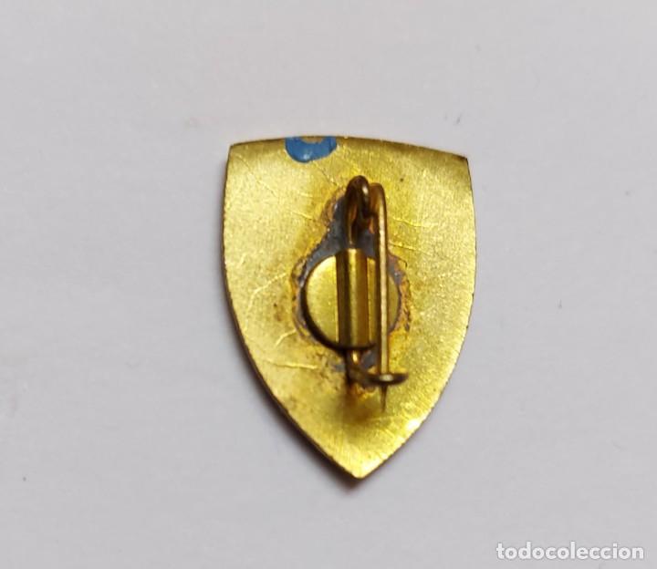 Pins de colección: ANTIGUO Y PRECIOSO PIN INSIGNIA DE ESQUI SKI - 7 PICOS - SIERRA DE GUADARRAMA - CERCEDILLA - - Foto 3 - 221805355