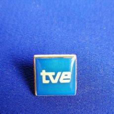 Pins de colección: PIN TELEVISION ESPAÑOLA. Lote 221948198