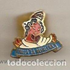 Pins de colección: FALLAS DE VALENCIA: ANTIGUA INSIGNIA ESMALTADA DE FALLA LA RAVALERA. Lote 221963011