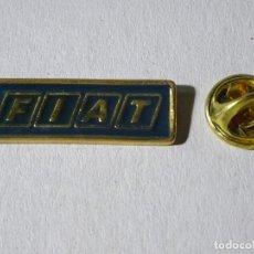 Pins de colección: PIN DE COCHES MOTOS. ESCUDO LOGO MARCA FIAT. Lote 221966515