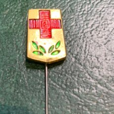 Pins de colección: PIN ALFILER CRUZ ROJA ESPAÑOLA. Lote 222297063