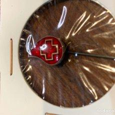 Pins de colección: PIN ALFILER CRUZ ROJA (GOTA SANGRE). Lote 222297342