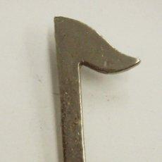 Pins de colección: PIN NOTA MUSICAL. Lote 222654468