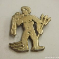 Pins de colección: PIN DE SIGNOS DEL ZODIACO ACUARIO. Lote 222690107