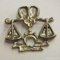 Pins de colección: PIN DE SIGNOS DEL ZODIACO LIBRA. Lote 222690613