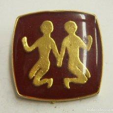 Pins de colección: PIN DE SIGNOS DEL ZODIACO GEMINIS. Lote 222690790
