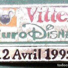 Pins de colección: PIN - MICKEY - EURO DISNEY - VITTEL -1992 - DIBUJOS DISNEY - METAL LACADO. Lote 222717632