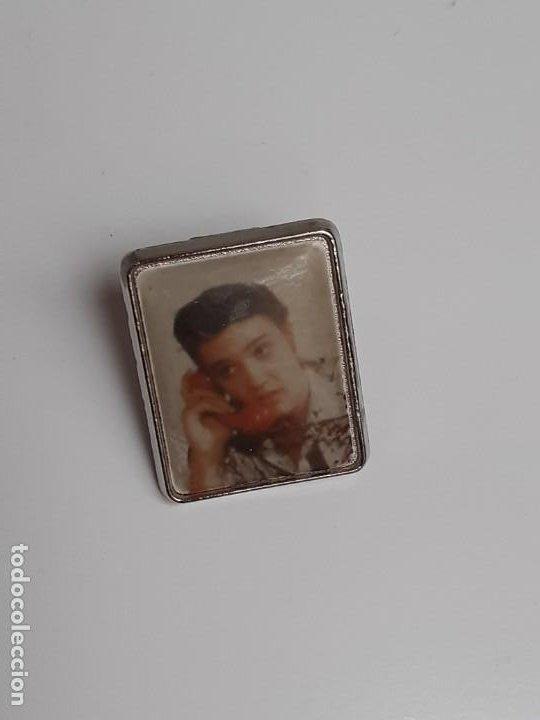Pins de colección: Old Elvis stuff in great condition - Foto 6 - 224983321