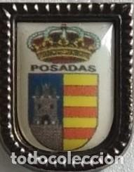 PIN ESCUDO HERALDICO MUNICIPAL AYUNTAMIENTO DE POSADAS CORDOBA (Coleccionismo - Pins)