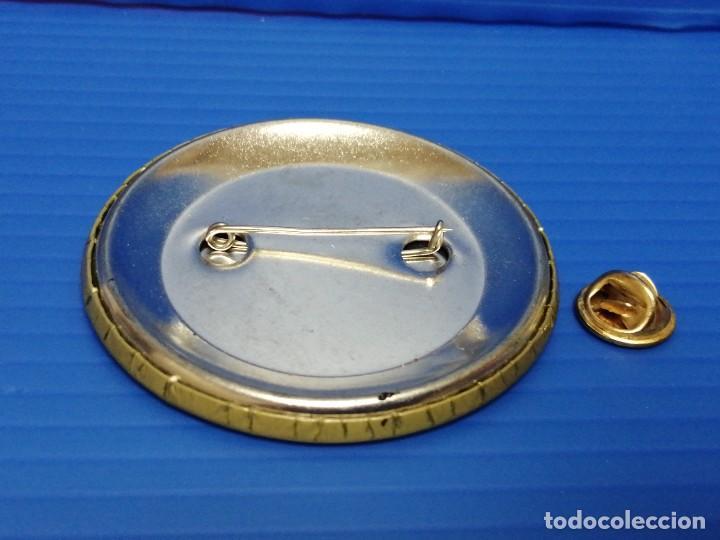 Pins de colección: PIN CHAPA BEBIDA, BAILEYS SEDA - Foto 2 - 225935041
