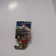 Pins de colección: PIN CECILIO EN TELESILLA SIERRA NEVADA 1995. Lote 232898553
