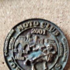 Pins de colección: PIN MEDALLA CONCENTRACION DE MOTOS - PIN MOTERO - MOTAUROS - TORDESILLAS - NO PINGUINOS. Lote 235258715
