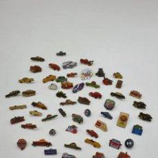 Pins de colección: LOTE PINS COCHES ( VER FOTOS ). Lote 235457905