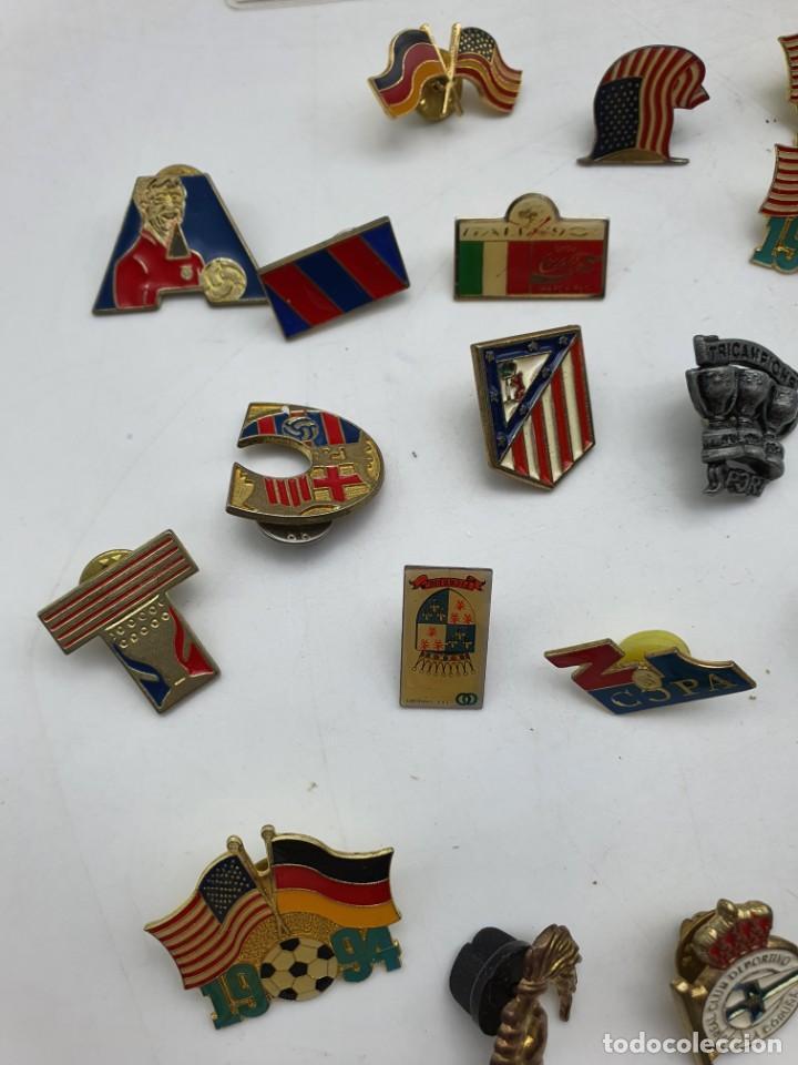 Pins de colección: LOTE PINS RELACIONADOS CON FUTBOL ( VER FOTOS ) - Foto 5 - 235461460