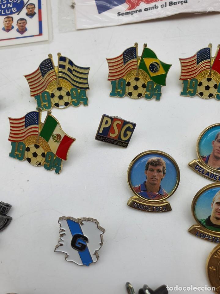 Pins de colección: LOTE PINS RELACIONADOS CON FUTBOL ( VER FOTOS ) - Foto 15 - 235461460