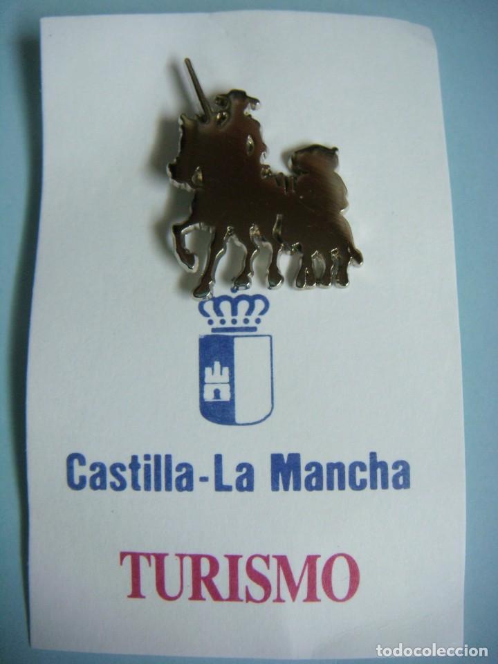 PINS DE QUIJOTE CASTILLA LA MANCHA TURISMO--CAJ-4 (Coleccionismo - Pins)