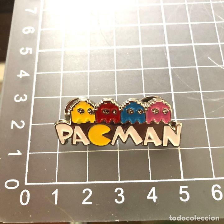 PIN SILUETEADO PACMAN PAC MAN COMECOCOS (Coleccionismo - Pins)