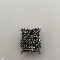 Pins de colección: PIN - INSIGNIA DE SOLAPA - PLATA CERCLE SABADELLES. Lote 243485785