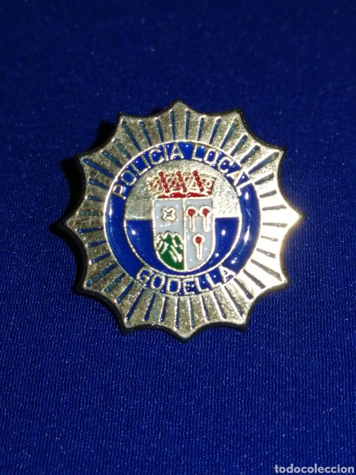 PIN POLICÍA LOCAL GODELLA (Coleccionismo - Pins)