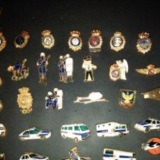 Pins de colección: 56 PINS DEL CUERPO NACIONAL DE POLICÍA. Lote 244663555