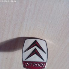 Pin's de collection: PIN DE CLIP PUBLICIDAD DEL COCHE CITROEN. Lote 245229180