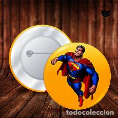 Pins de colección: SUPERMAN ASCIEND CHAPA BOTON ALFILER PIN. Lote 246399125