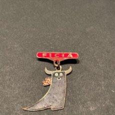 Pins de colección: PIN - INSIGNIA DE IMPERDIBLE - FICIA (FERIA INTERNACIONAL DEL CALZADO) ELDA - ALICANTE. Lote 268482604