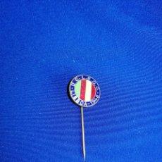 Pins de colección: INSIGNIA LISBOA 1948 DE ALFILER. Lote 254166215