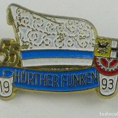 Pins de colección: PIN INSIGNIA DE COLECCION - MAS CHISPAS. Lote 254899025