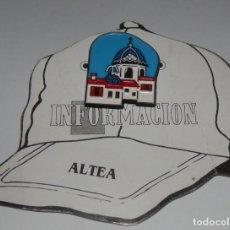Pins de colección: PIN DEL PERIÓDICO INFORMACION - ALTEA. Lote 255356430