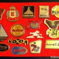 Pins de colección: LOTE 15 PIN O PINS ANTIGUAS DISCOTECAS. Lote 257451905