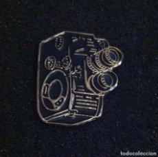 Pins de colección: PIN ANTIGUA CAMARA. Lote 257458205