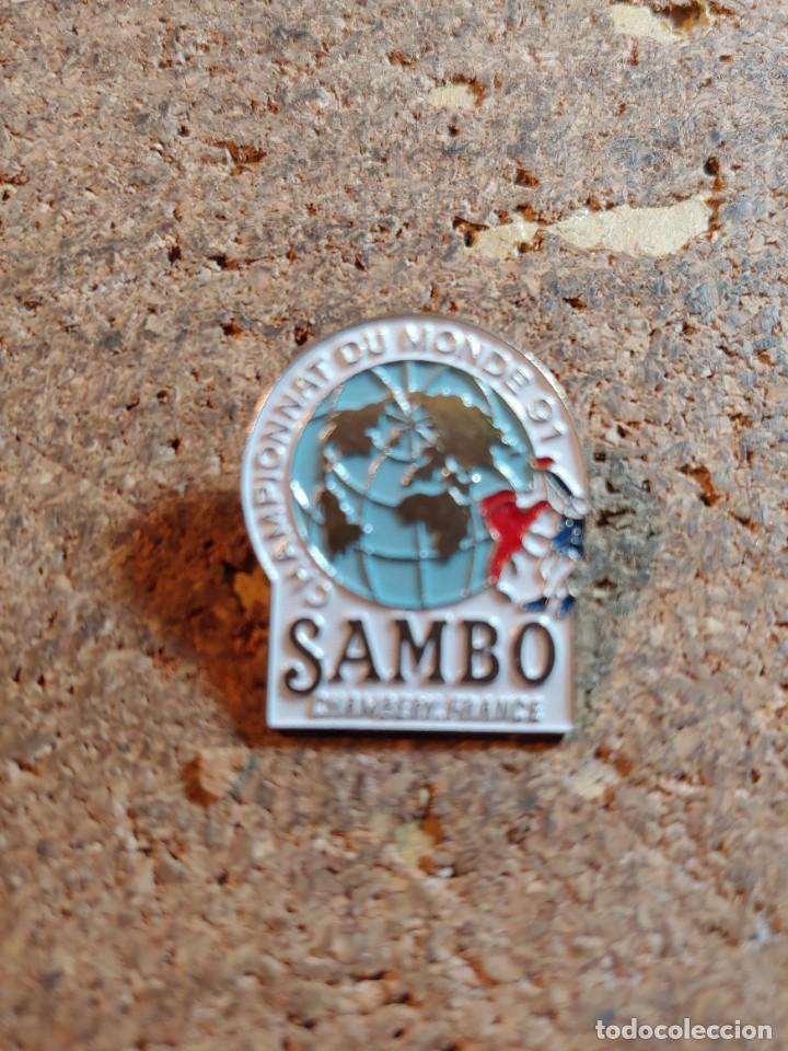 PIN DEL CAMPEONATO MUNDIAL DE SAMBO 91 (Coleccionismo - Pins)