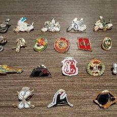 Pins de colección: LOTE DE 27 PINS INSIGNIAS MOTIVOS GUARDIA CIVIL Y POLICÍA NACIONAL (VER FOTOS). Lote 260063695