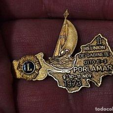 Pins de colección: PORLAMAR 1973 INSIGNIA DTTO E3 INSIGNIA BROCHE 4 CM ANCHO. Lote 261570885
