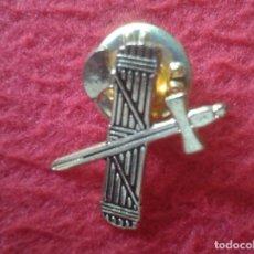 Pins de colección: BONITO PIN EMBLEMA ESCUDO..GUARDIA CIVIL ESPADA FASCES...MILITAR ESPAÑA SPAIN EJÉRCITO ARMY..ETC VER. Lote 261590325