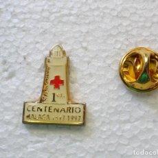 Pins de colección: PIN DE LA CRUZ ROJA ESPAÑOLA. 100 AÑOS EN MÁLAGA 1897 1997. FARO FAROLA. Lote 262447485