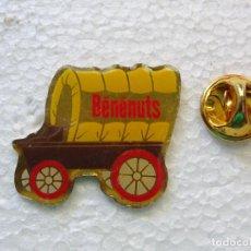 Pins de colección: PIN DILIGENCIA LEJANO OESTE FAR WEST WESTERN. CARRETA BENENUTS. FRUTOS SECOS. Lote 262448650