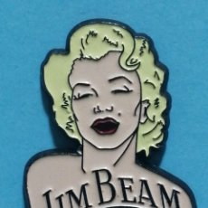Pins de colección: PIN JIM BEAM MARILYN MONROE. Lote 262582420