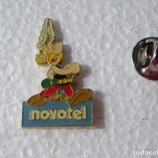 Pins de colección: PIN DE DIBUJOS ANIMADOS TEBEOS COMICS. ASTERIX Y OBELIX.. Lote 262853335