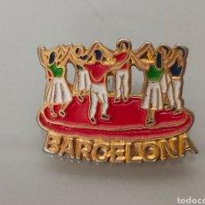 Pins de colección: ANTIGUO PIN SARDANA CATALANA BARCELONA. Lote 263711650