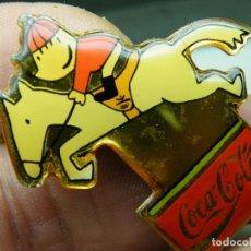 Pins de colección: LOTE 3 PINS COCA-COLA. EXPO 92. (ELCOFREDELABUELO). Lote 264420539