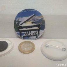 Pins de colección: CHAPA BOTON ALFILER PIN O IMAN SUPERTRAM 38MM PEPETO. Lote 265848189