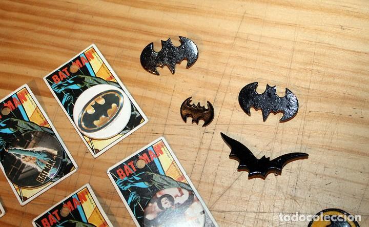 Pins de colección: BATMAN - LOTE DE ANTIGUAS CHAPAS Y BROCHES - AÑOS 80/90 - Foto 4 - 267389694