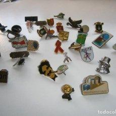Pins de colección: LOTE DE PINS VARIADOS. Lote 270214198