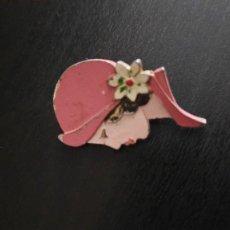 Pins de colección: PIN DE AGUJA ANTIGUO SEÑORA CON SOMBRERO. Lote 270247853